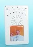 Rosario elettronico bianco Papa Francesco saluto