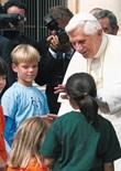25 Cartoline Benedetto XVI in mezzo ai bambini Cartoleria